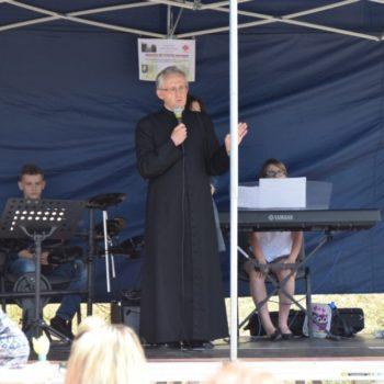 Festyn Rodzinny przy parafii w Chełmcach