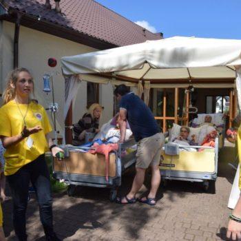 Wolontariusze z Kielc pomagali w puckim Hospicjum